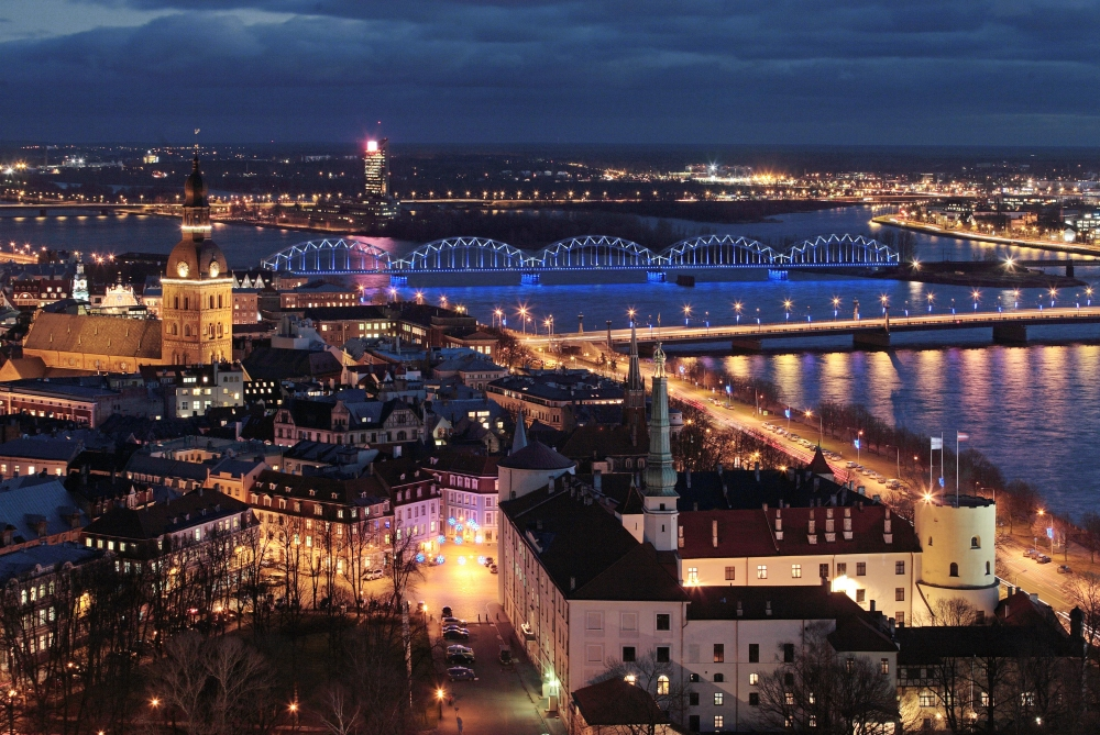 583 6 Riga Night